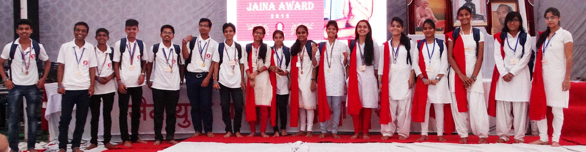 award-banner01